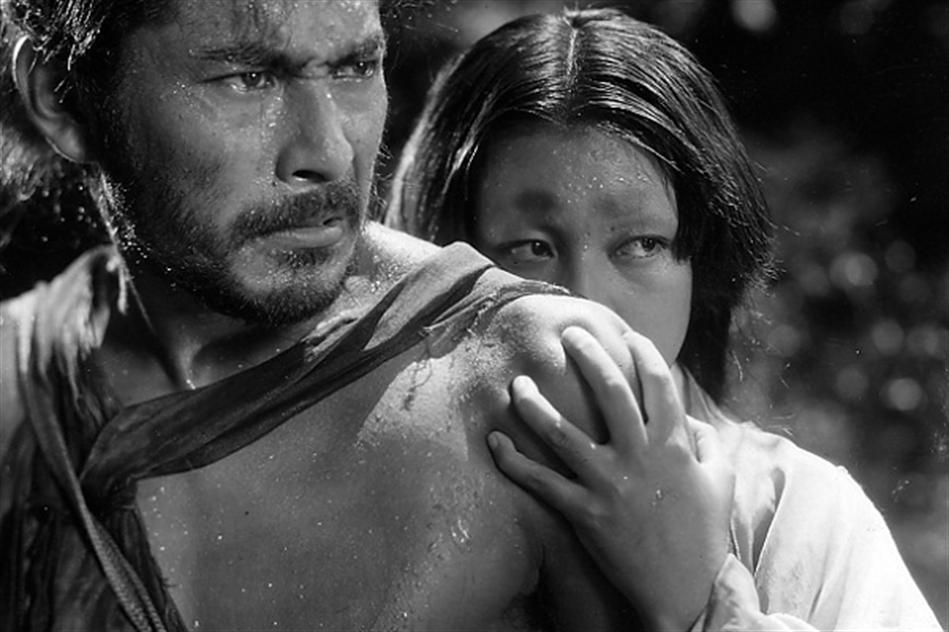 Toshiro Mifune and Machiko Kyo in Kurosawa's Rashomon (1950)